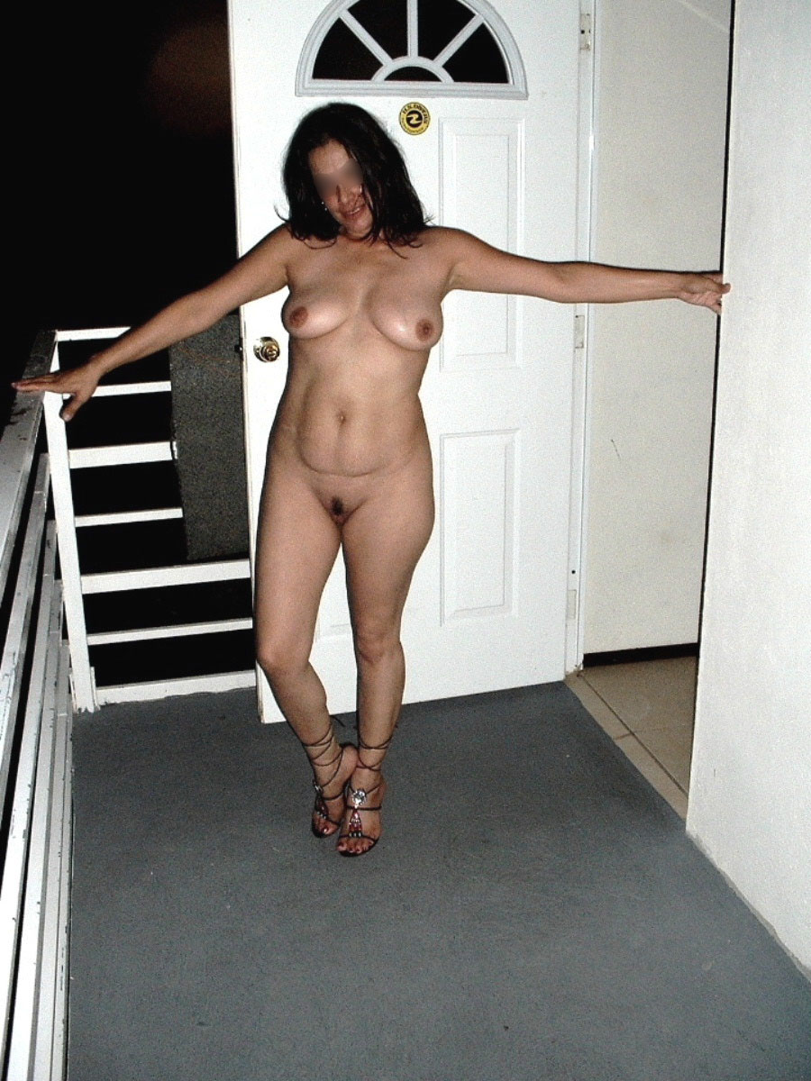 flashing-on-motel-balcony-01